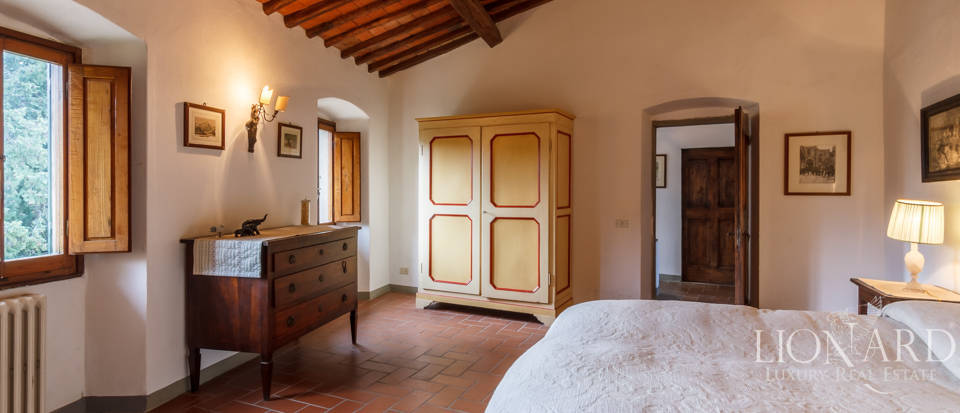 Dream home in the province of Florence Image 43