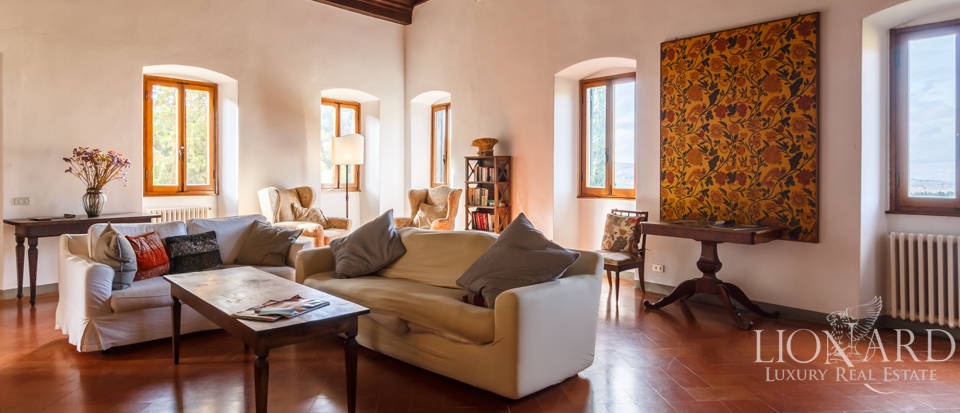 Dream home in the province of Florence Image 21