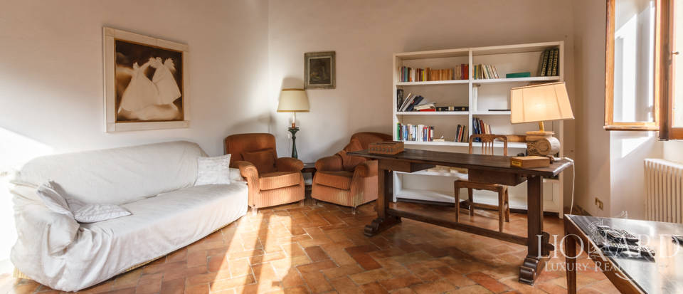 Dream home in the province of Florence Image 26