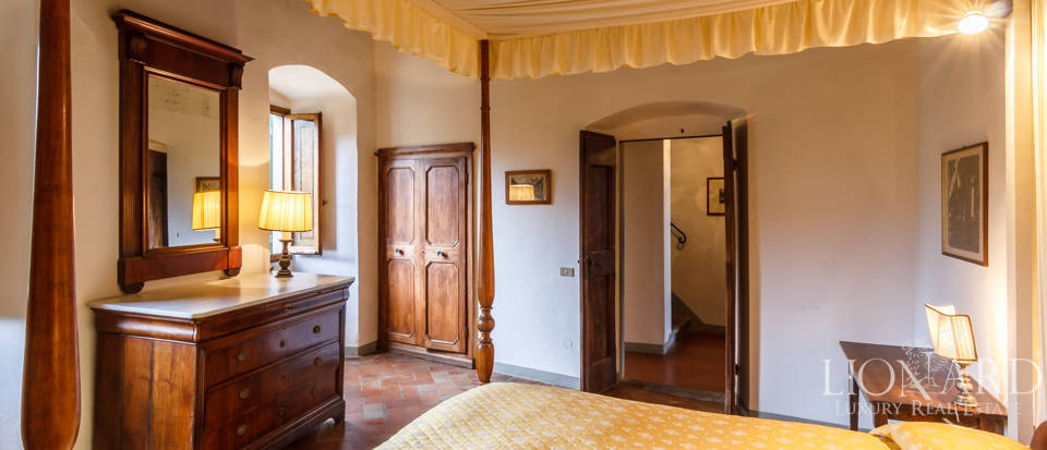 Dream home in the province of Florence Image 47