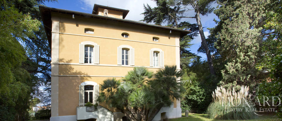 elegant villa for sale in perugia