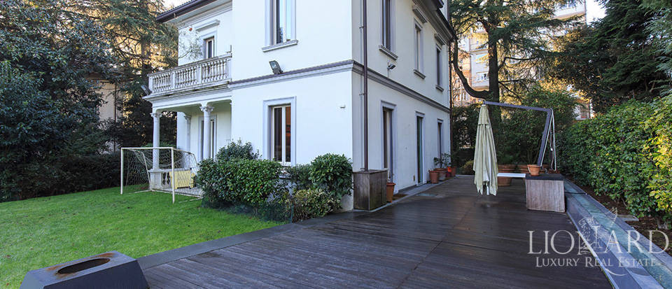 Luxury villa close to Milan for sale Image 7