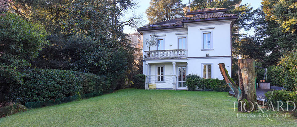 Luxury villa close to Milan for sale Image 9