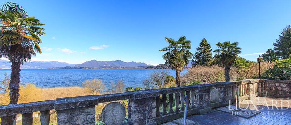 Villa for sale by Lake Maggiore Image 15