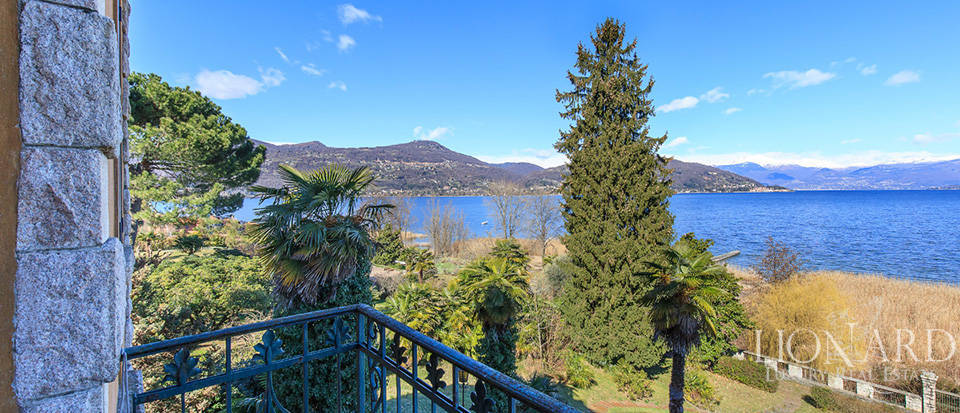 Villa for sale by Lake Maggiore Image 19