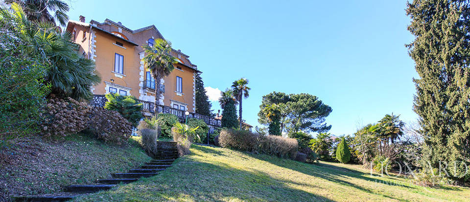 Villa for sale by Lake Maggiore Image 7
