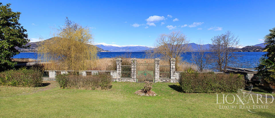 Villa for sale by Lake Maggiore Image 6