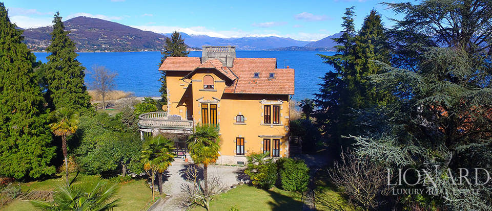 Villa for sale by Lake Maggiore Image 20