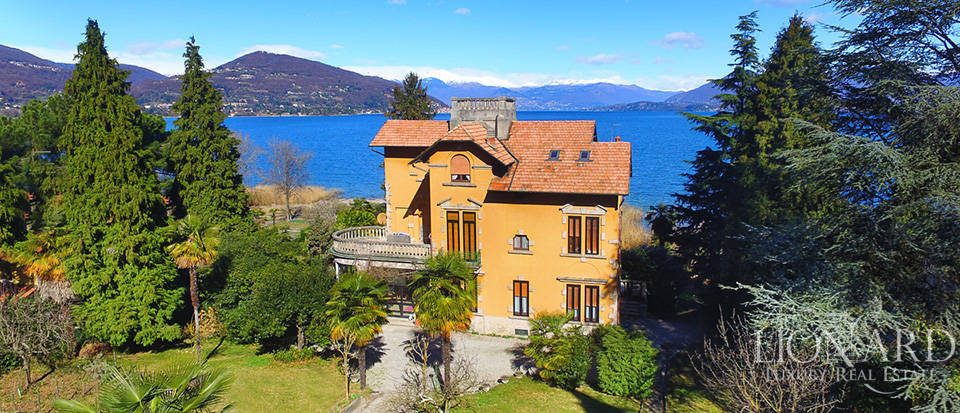 Villa for sale by Lake Maggiore Image 3