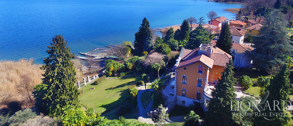 Villa for sale by Lake Maggiore Image 2