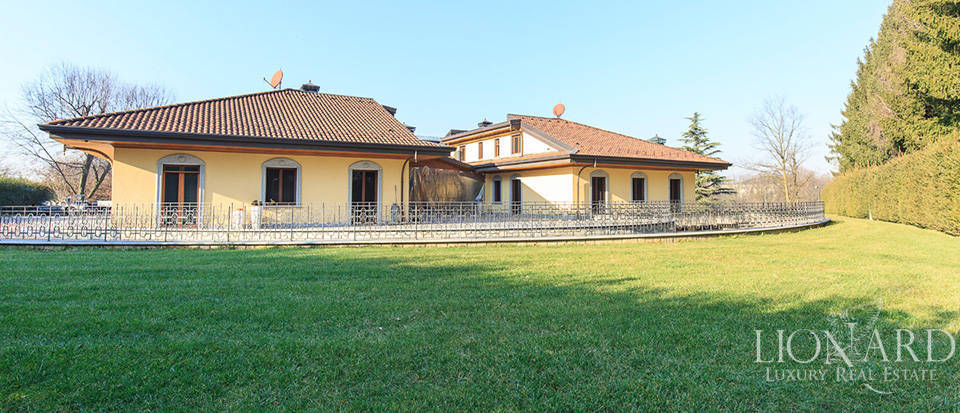 Villa for sale in Brianza Image 9