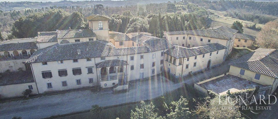 Stunning luxury property for sale near Florence Image 7