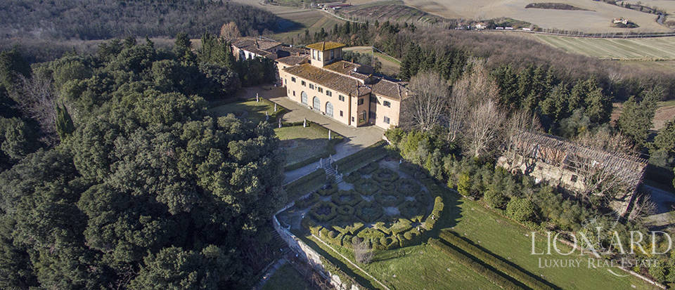 Stunning luxury property for sale near Florence Image 3
