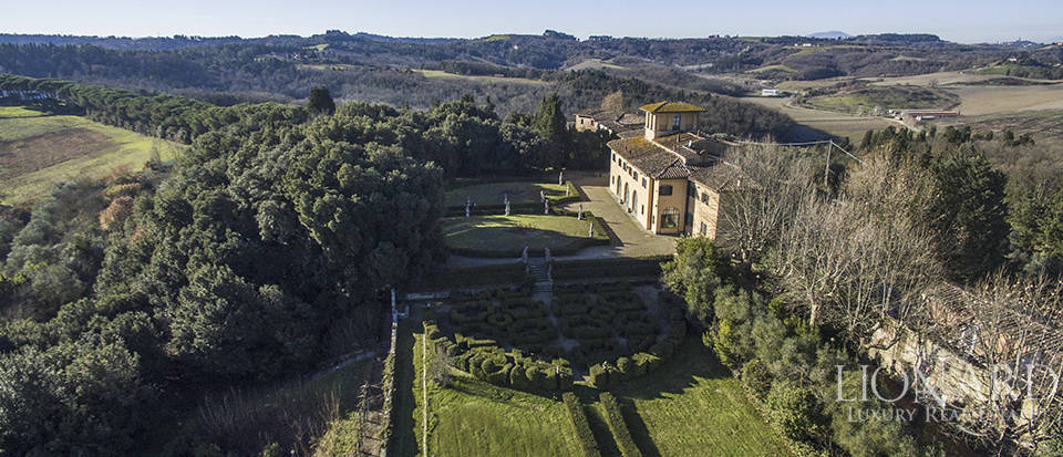Stunning luxury property for sale near Florence Image 2
