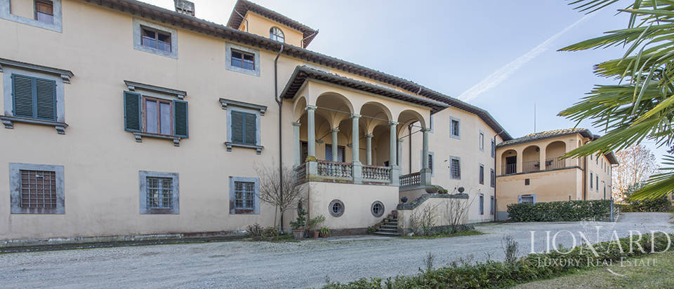 Stunning luxury property for sale near Florence Image 9