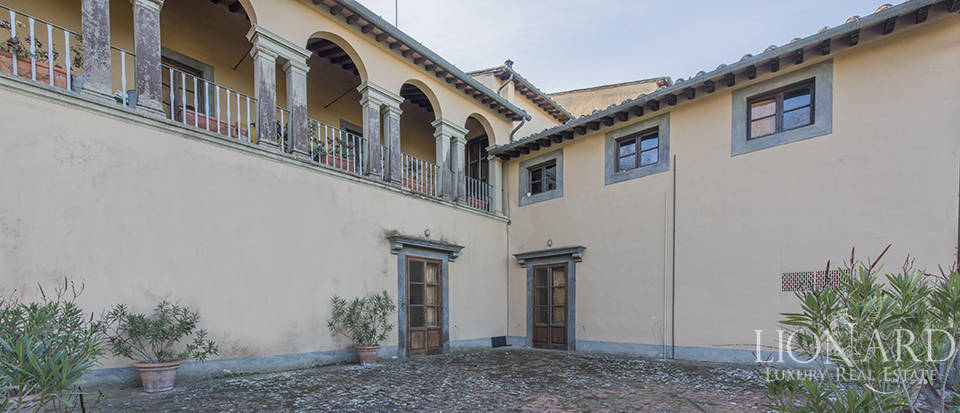 Stunning luxury property for sale near Florence Image 11