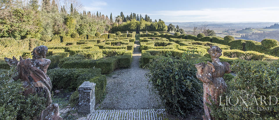 Stunning luxury property for sale near Florence Image 13