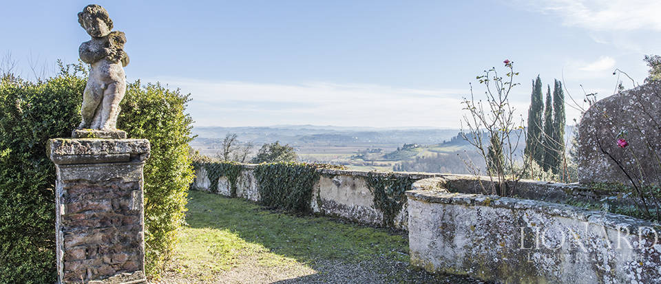 Stunning luxury property for sale near Florence Image 16