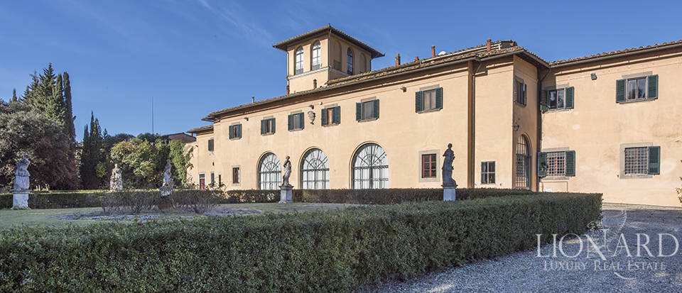 Stunning luxury property for sale near Florence Image 14