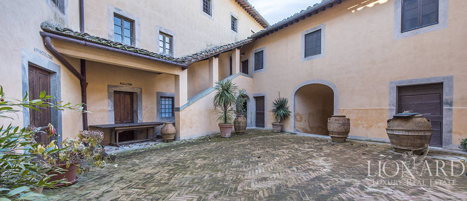 Stunning luxury property for sale near Florence Image 19