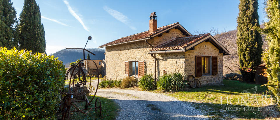 Luxury hamlet for sale near Florence Image 13