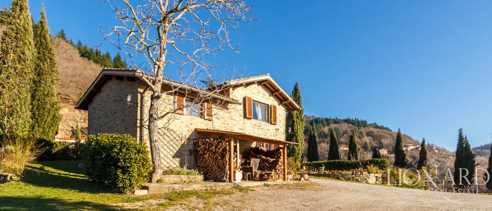 Luxury hamlet for sale near Florence Image 20
