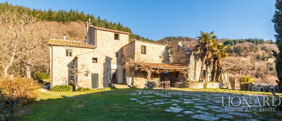Luxury hamlet for sale near Florence Image 27