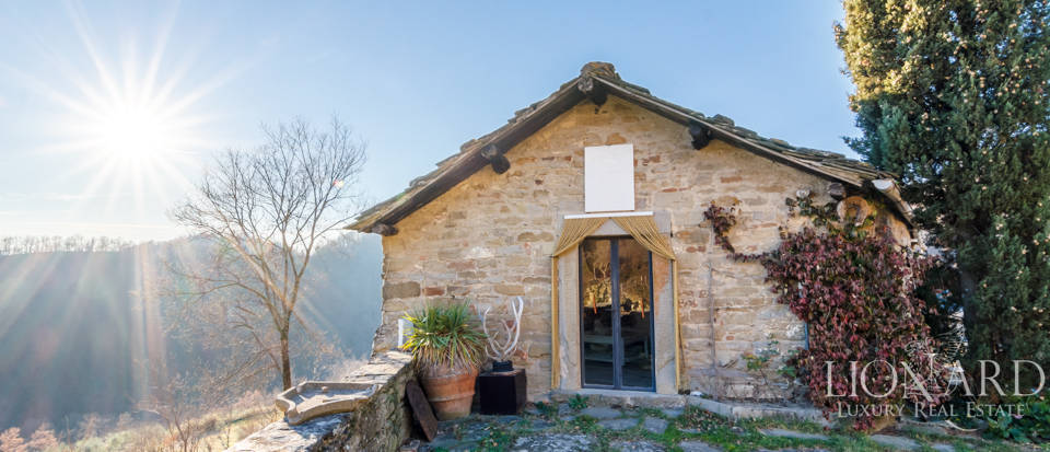 Luxury hamlet for sale near Florence Image 30