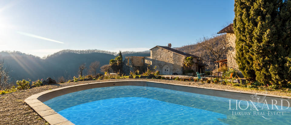 Luxury hamlet for sale near Florence Image 32