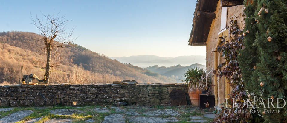 Luxury hamlet for sale near Florence Image 31