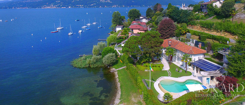 Luxury property for sale by Lake Maggiore Image 1