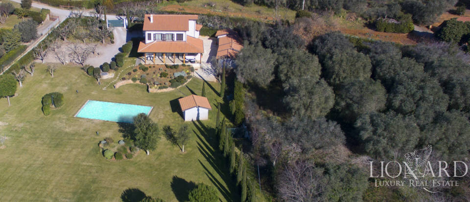 Prestigious estate for sale in Tuscany Image 4