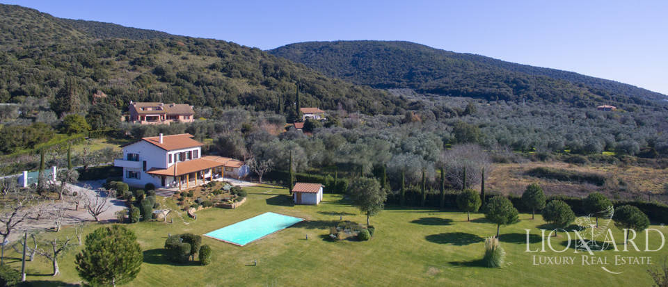 Prestigious estate for sale in Tuscany Image 5
