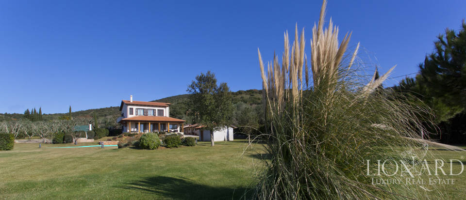 Prestigious estate for sale in Tuscany Image 13