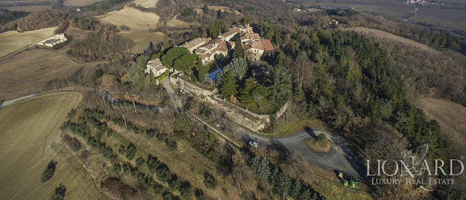 Stunning complex for sale in Città di Castello Image 1