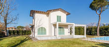 refined estate for sale in forte dei marmi