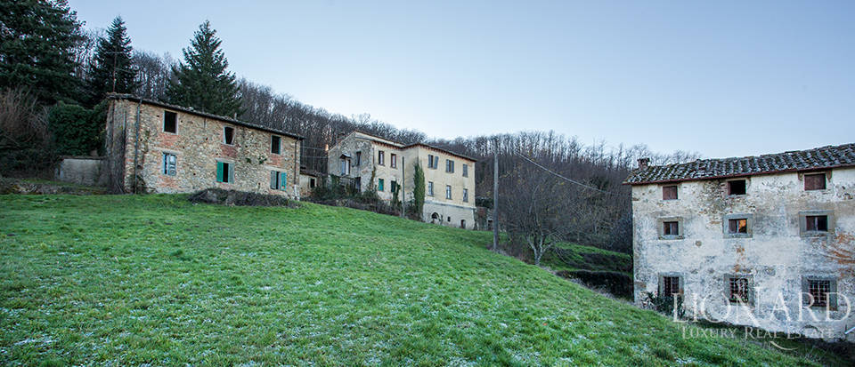 Luxury estate for sale in Florence Image 16