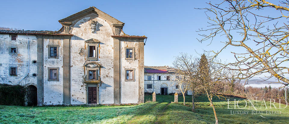Luxury estate for sale in Florence Image 14