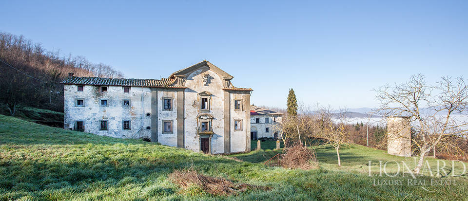 Luxury estate for sale in Florence Image 13