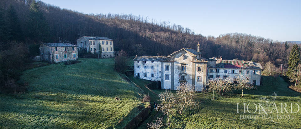 Luxury estate for sale in Florence Image 9