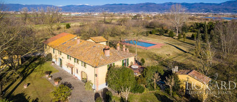 luxury villa for sale in prato s countryside