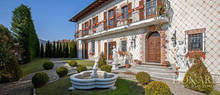 19th century villa for sale by lake comabbio