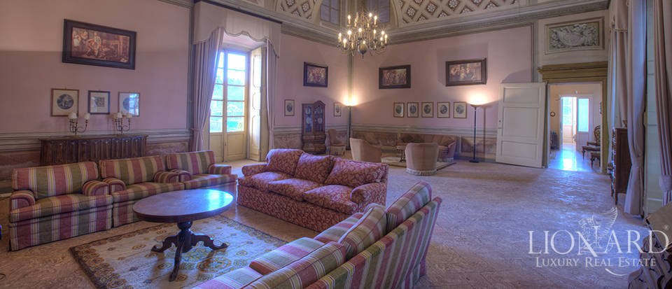 Luxury villa for sale in Como Image 17