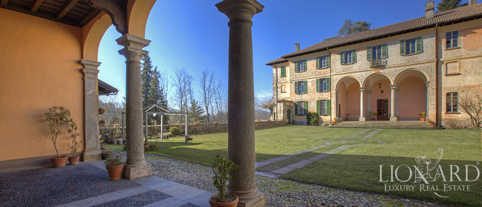 luxury estate for sale in como
