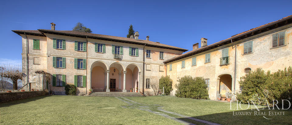 Luxury villa for sale in Como Image 4
