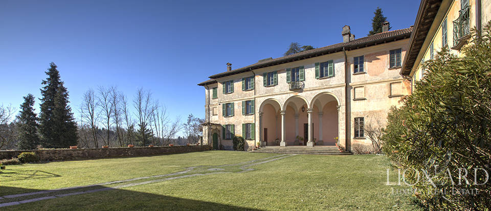 Luxury villa for sale in Como Image 3