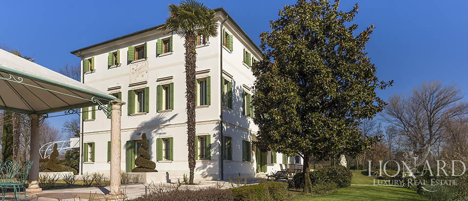 Stunning historic estate for sale in Treviso Image 13