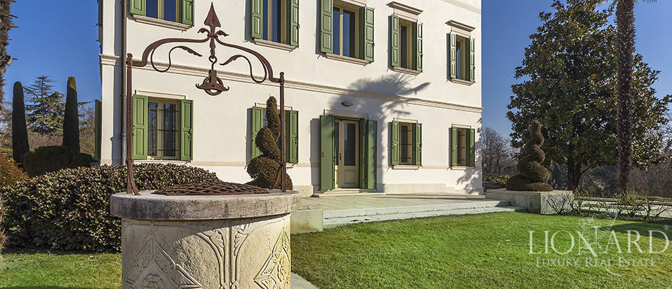 Stunning historic estate for sale in Treviso Image 15