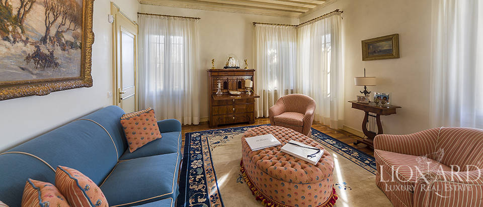 Stunning historic estate for sale in Treviso Image 25