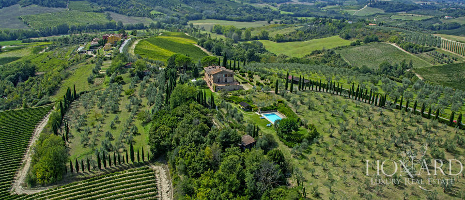 Luxury villa with swimming pool in Montespertoli Image 7